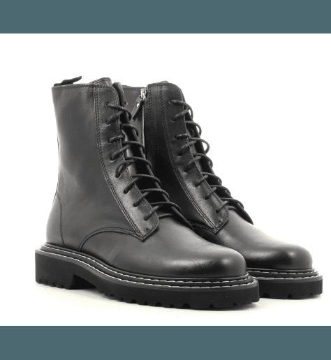 Bottines à lacets et semelle crantée en cuir noir Vic Matie - 7854D