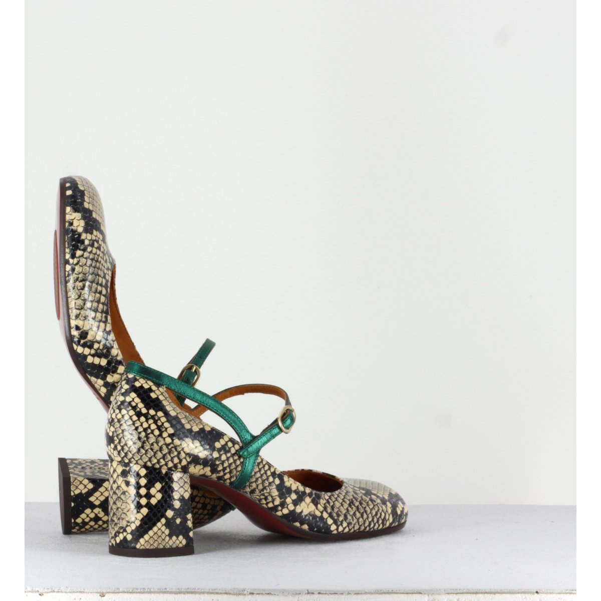 Escarpins à talons moyens en cuir façon serpent Chie Mihara - POPY SNAKE