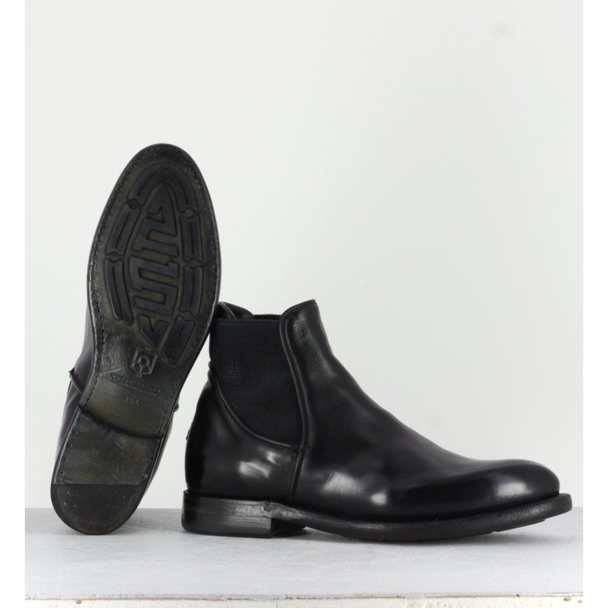 Bottines plates en cuir noir Silvano Sassetti - 4049NERO