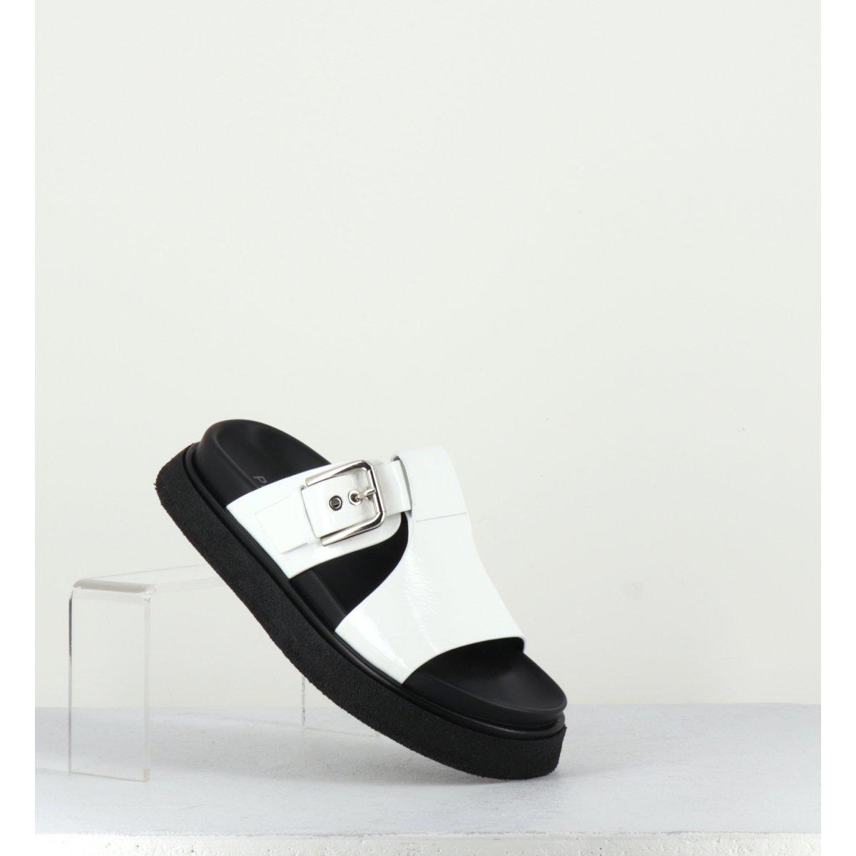 Sandales à semelles épaisses en cuir verni blanc Premiata - M5284B