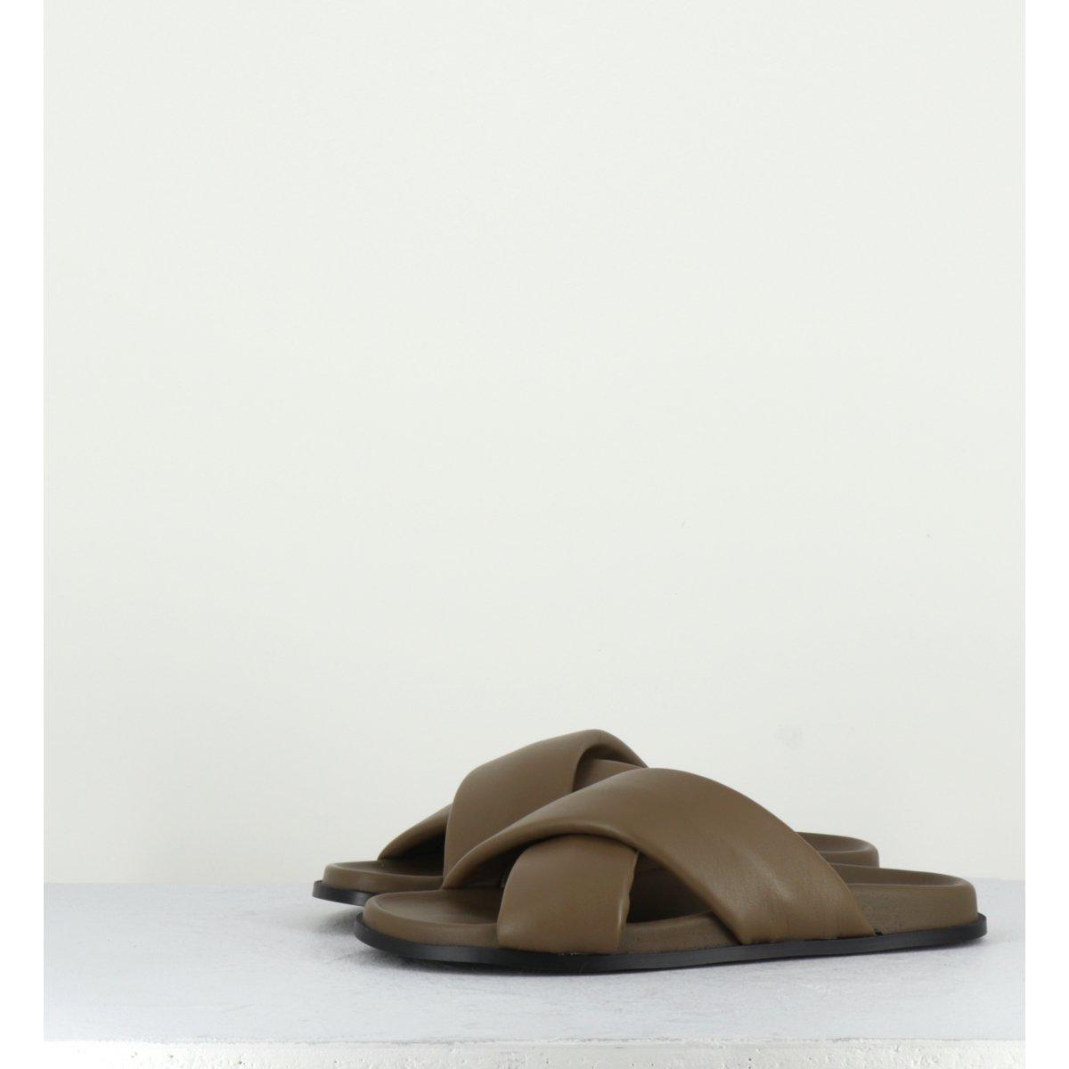 Sandales mules plates en cuir kaki Giulia Taddeucci - 4619247