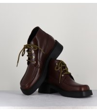CARLA BROWN LACE UP