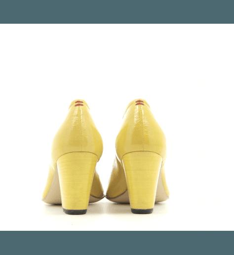 Escarpins pointus en cuir verni jaune ROSE07J- Halmanera