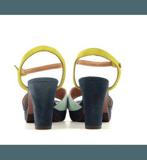 Sandales à talons avec patins en veau velour bleu Chie Mihara - ELODEA