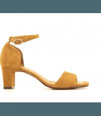 Sandales à petits talons camel Chie Mihara - LUSAKA