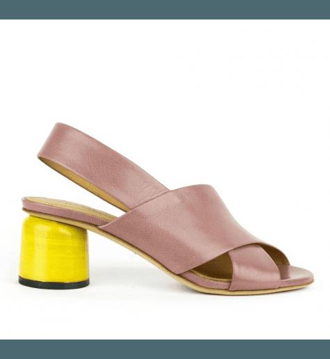 Sandales en cuir rose nude et talons jaune Halmanera - ALICE05